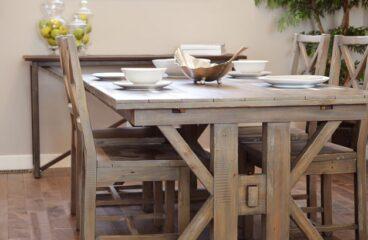 Kakšno mizo izbrati za majhno kuhinjo?